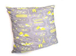 easy pillow designs. tour de france pillow easy designs