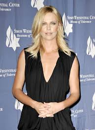 charlize theron um straight cut