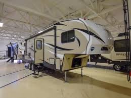 new 2019 keystone rv hideout 281dbs photo