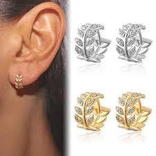 Купить <b>серьги кольца с бриллиантами</b> от 14701 руб ...
