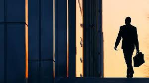 Банкиры останутся за кадрами Газета Коммерсантъ № от  После крупнейшей в истории санации банка ФК Открытие более сотни менеджеров получили билет на