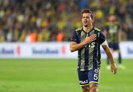 Fenerbahçe'de Emre Belözoğlu'nun yardımcısı kim olacak?