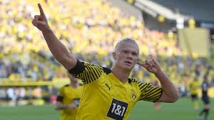 Looking for the definition of bvb? Bundesliga Bvb Gala Zum Start Dortmunds Offensive Holt Tabellenspitze