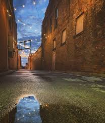 Marion Alley at night     knoxpages.com
