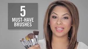 bareminerals 5 must have makeup brushes