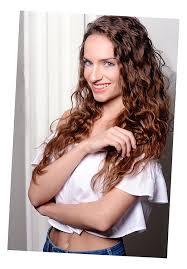 Dámské účesy Profesionálních Kadeřníků Em Hair