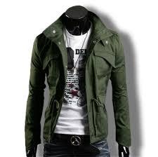 巷で流行りの ライダースジャケット コーデ メンズ 夏 バイクウェア 黒