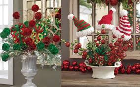Christmas Decorations For Kitchen Classic Holiday Decorating Ideas Christmas Decorations Tips Lowes
