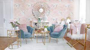 Wohnzimmer deko muss nicht langweilig sein ✔ wenn dich der deutsche möbelhaus einheitsbrei nicht anspricht, findest du hier tolle inspirationen ✯ das wohnzimmer eigent sich hervorragend zum dekorieren: Mermaid Dreams Wohnzimmer Lounge In Rosa Turkisblau Looks