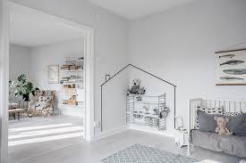 stylish ways to decorate empty corners