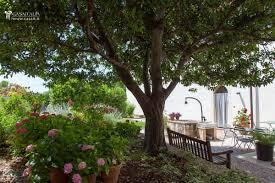 Porzione di villa con giardino e dependance in vendita a trevi