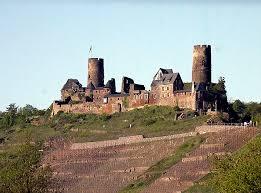 <b>Замок</b> Турант — Википедия