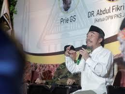 The report will show the number of real people and influencers. Wejangan Prie Gs Kepada Pks Mencintai Ora Entuk Kesel Pks Blora