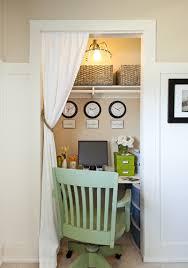 fd460f65944fbee2d02952f0fa899c50 office closet at small space style closet25