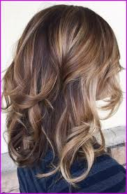 Coiffure Mariage Carré Chatain Wavy 69231 Balayage Blond Ou