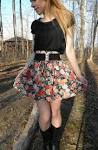 How to wear high waisted floral skirts