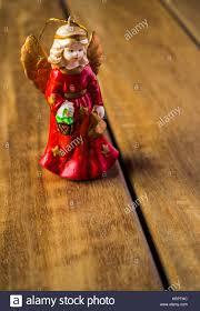 Klassische Engel Christbaumschmuck Figur Mit Einem Roten