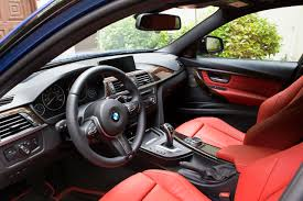 this pic shows off how nicely wood goes with c red leather