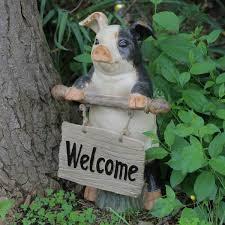 welcome sign outdoor garden statue