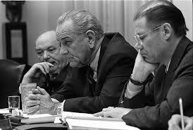 lbjs office president. 800px-Dean_Rusk_Lyndon_B._Johnson_and_Robert_McNamara_in_Cabinet_Room_meeting_February_1968 Lbjs Office President D