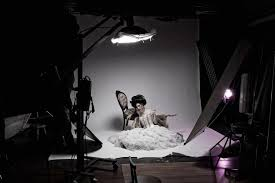 dramatic studio lighting. Class Projects 2 See All. Create Drama With Just One Light! Dramatic Studio Lighting E