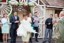 Наша свадьба большой пост с фотографиями и текстом we all have  Пледы необходимая вещь для сентябрьской свадьбы на свежем воздухе Лучше если их чуть меньше чем гостей это сближает