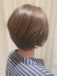 大人女性に似合う髪型若く見える髪型ショートボブ 原宿