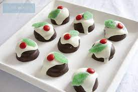 How many ingredients should the recipe require? A Little Delightful Mini Christmas Dessert Table Christmas Dessert Table Mini Christmas Desserts Christmas Desserts