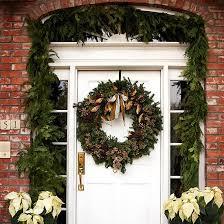 front door decoration20 Great Christmas Front Door Decorating Ideas  Style Motivation