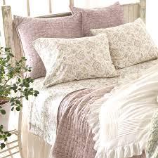 District17: Matte Velvet Dusty Plum Quilt: Quilts & Coverlets & Matte Velvet Dusty Plum Quilt Adamdwight.com