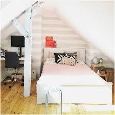 Schlafzimmer Tapeten Dachschräge Tapezieren Ideen Während