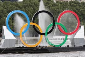 Современные Олимпийские Игры olympic rings on the river thames