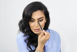 in the right hands makeup has the incredible ability to pletely transform your face it s one of the reasons i love it so if you have a feature you