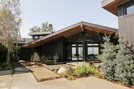 mid century modern exterior landscape modern house plan