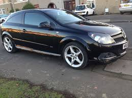 vauxhall astra 2010 black 3 door sel