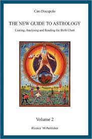 The New Guide To Astrology Casting Analysing And Reading The Birth Chart Paperback