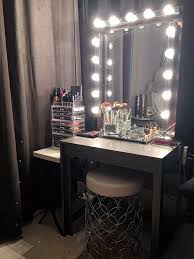 How To Make A Vanity Mirror With Lights New Glam DIY Light Up Vanity Mirror Projects Decorating Your Small Space