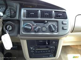 1998 Toyota Sienna – pictures, information and specs - Auto ...