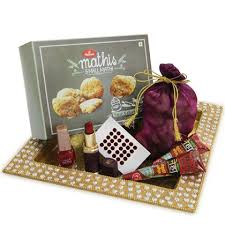 send special karwa chauth gifts to india via portals reputed portals provide huge range of gifting items with shipping service at desired