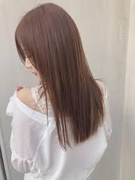 ストレートでもきまる 髪質だけで後ろ姿も美人になれるar And Ema