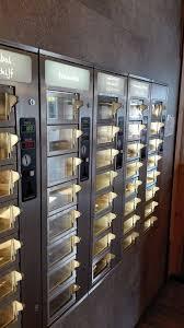 Automat Vending Machine Simple Food Automat Automatiek Loketautomaat Fast Food Concept