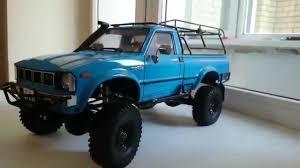 Rewiev Toyota Hilux 1980 Axial SCX10 - YouTube