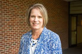 JBU Director of Human Resources Amy Fisher Receives HR Professional of the  Year Award