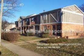 8 Holly Ct #A, Harrisonburg, VA
