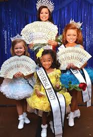 digication e portfolio ashley vang argument essay how child beauty pageants got weird photograph web 26 2014