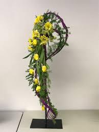 Floral Cascade Designs Pin By Barbara Weiler On Cascade Designs Unique Flower