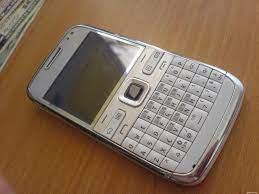 Điện thoại Nokia E72 white [ĐƯỢC KIỂM HÀNG] 40293232 - 40293232 | Điện thoại  phổ thông