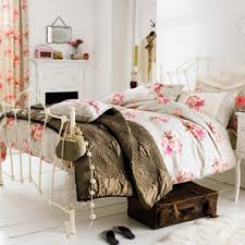 Decorating your livingroom decoration with Wonderful Vintage bedroom