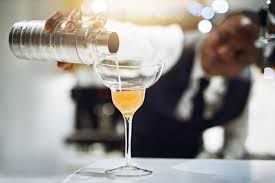 The Importance Of Customer Service For Bartenders