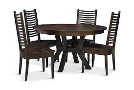 Fulton Round Table With 4 Chairs | HOM Furniture